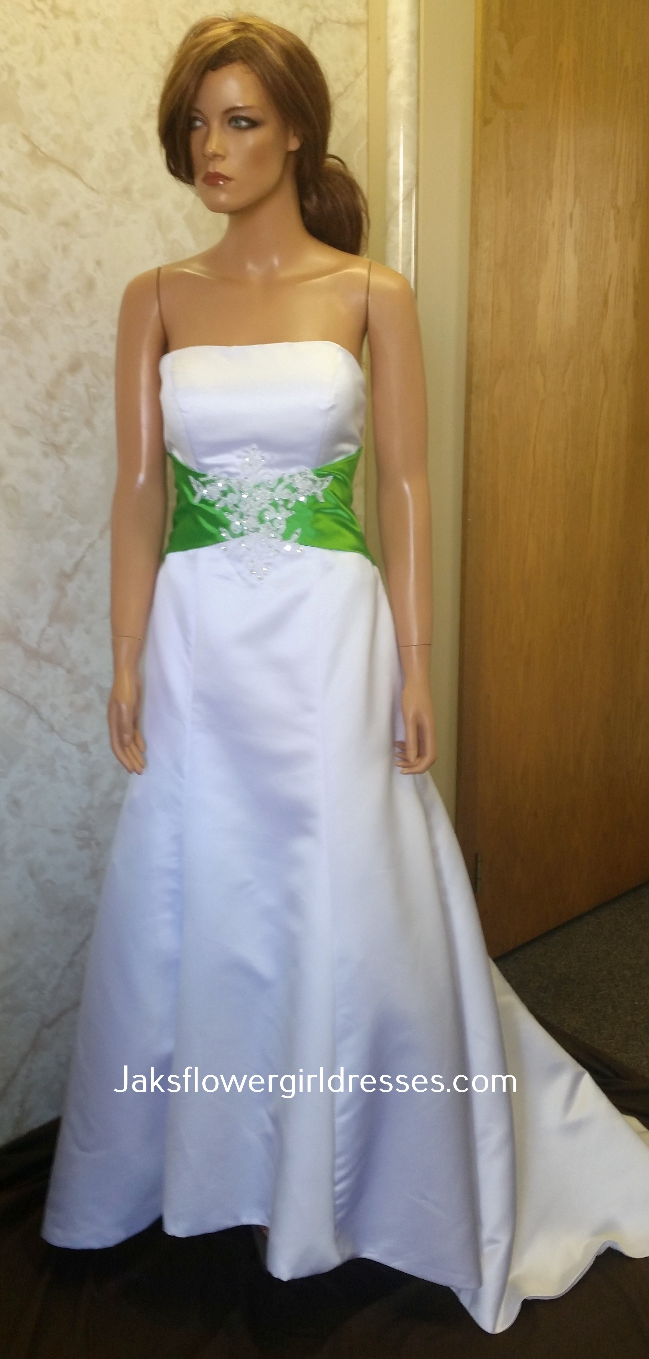 Ivory red wedding dresses.