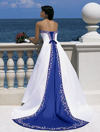 Merveilleux ... Wedding Gown Accented In Blue
