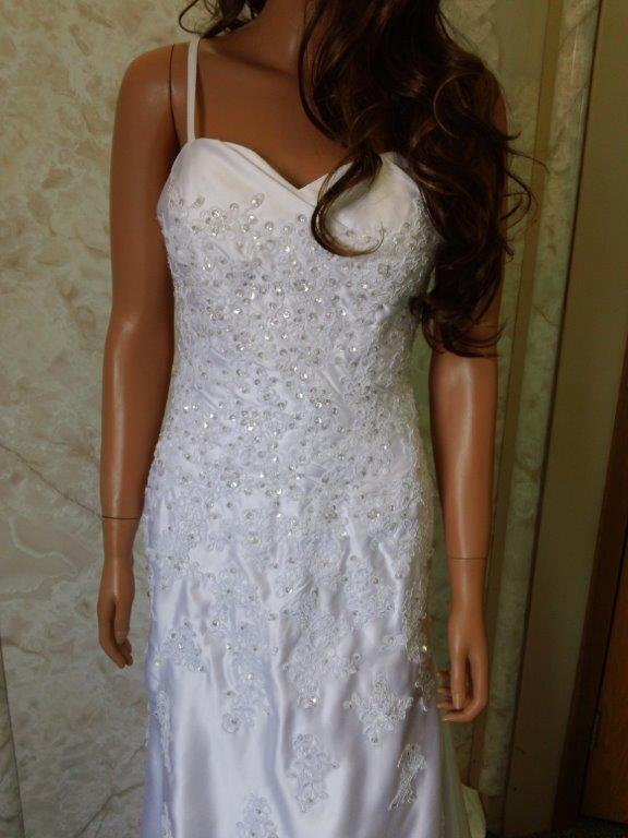 sweetheart beaded applique wedding gown