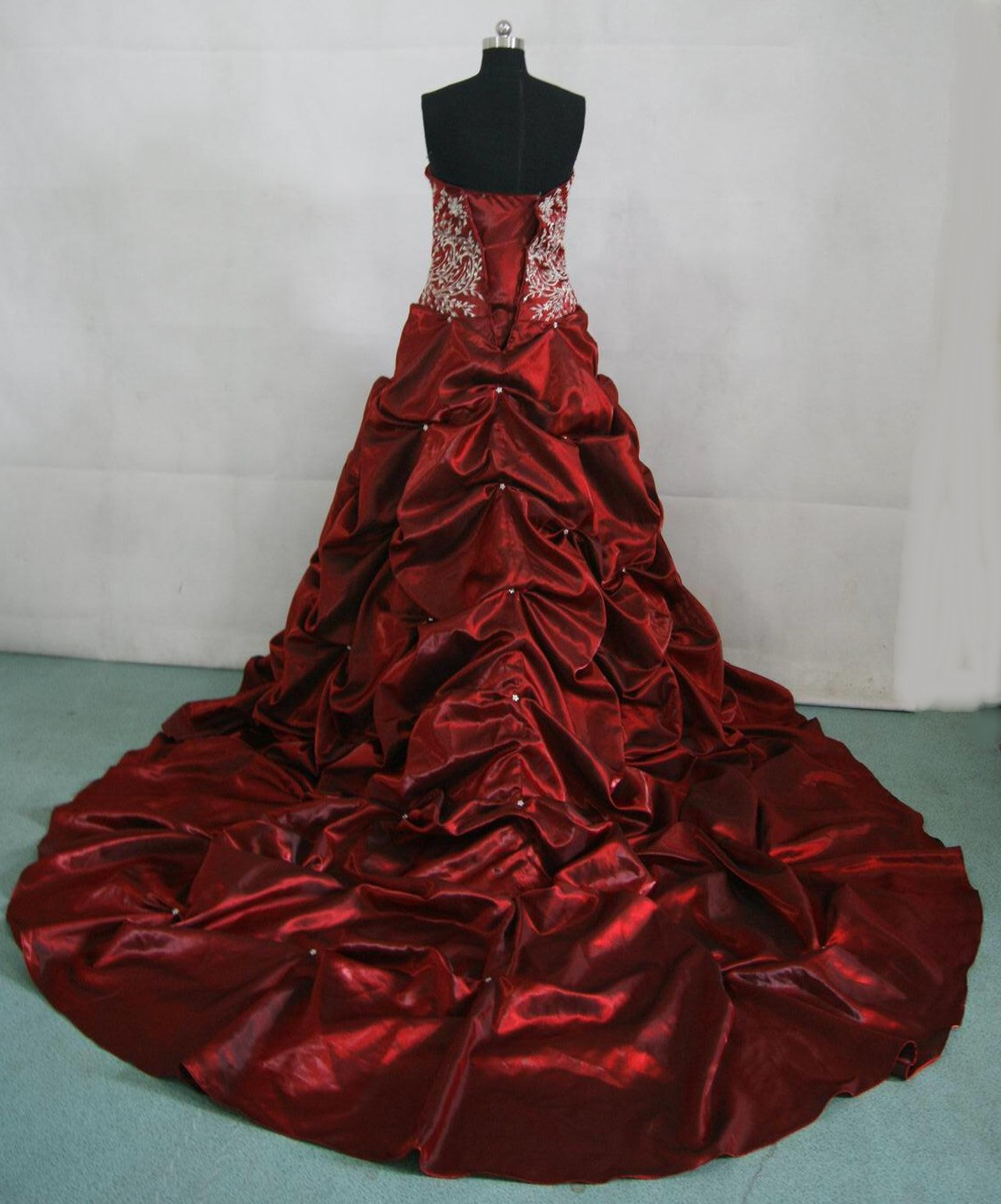 Red Lace Wedding Dress Viewing Gallery
