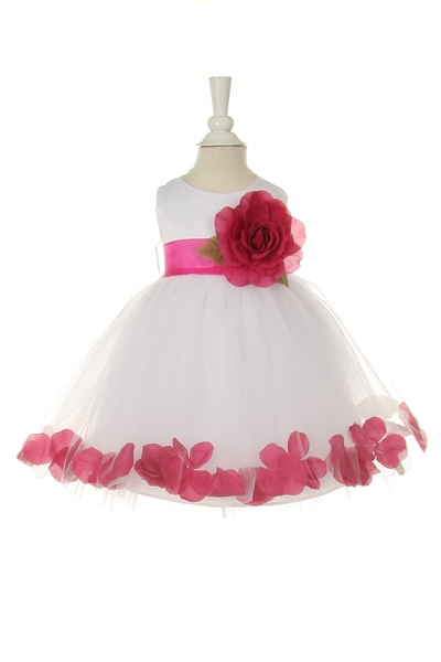 Beautiful flower girl dresses for baby.