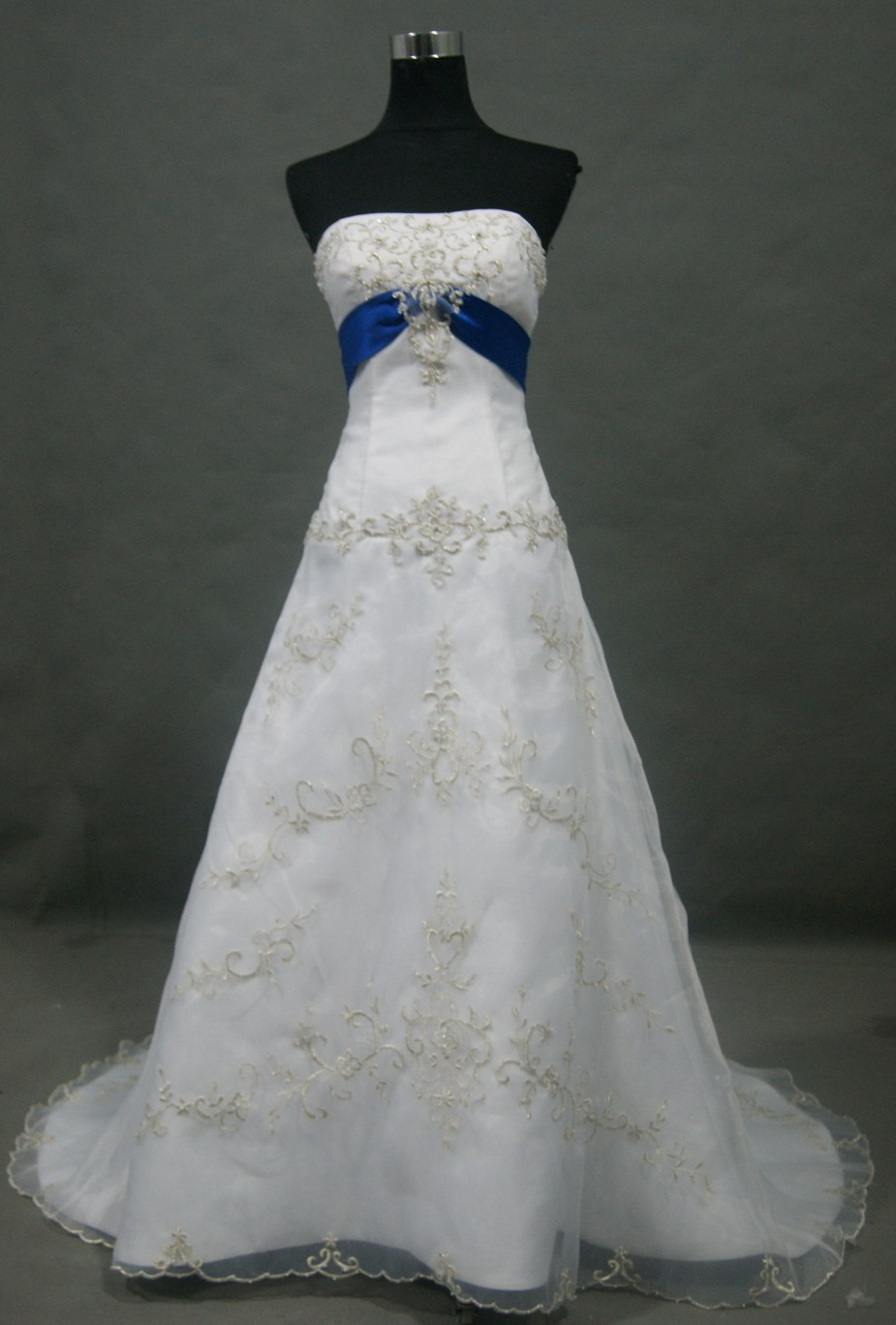 Wedding Dresses With Royal Blue Accents 116