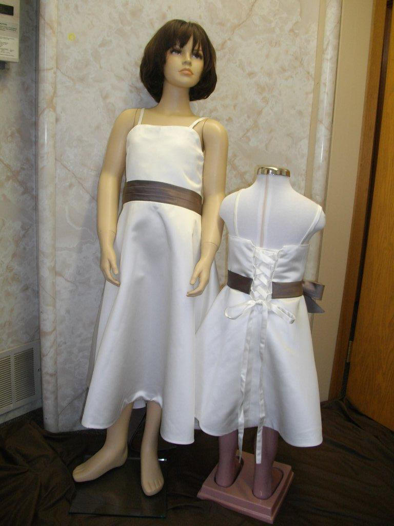 Matching flower girl and bridesmaid dresses discount for Matching wedding and flower girl dresses