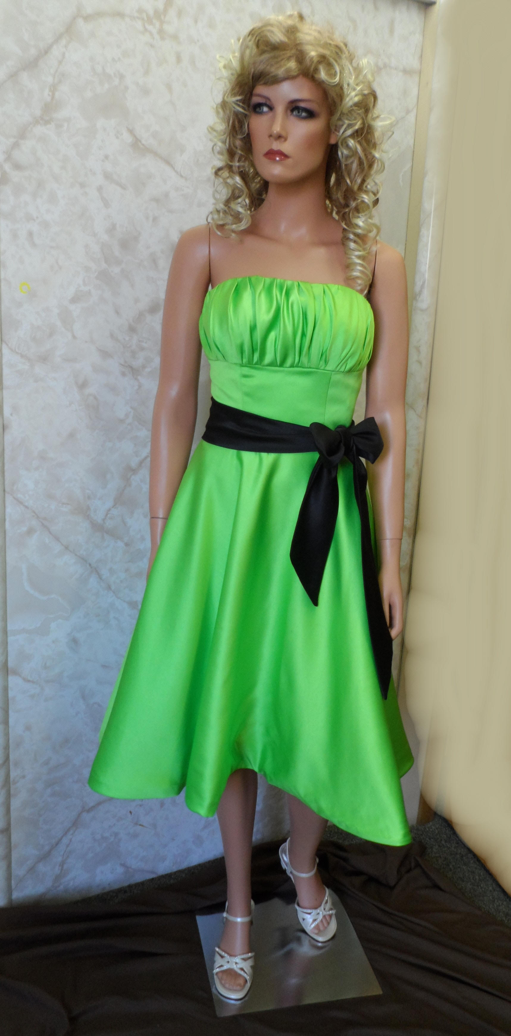 Short Green Bridesmaid Dress With Black Sash