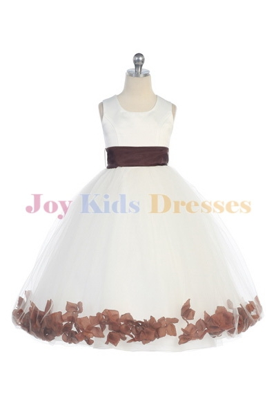 0c4facaab3 ... flower girl dress with brown petals and sash · Elegant White Blossom  Dress with Necklace · brown petal dress