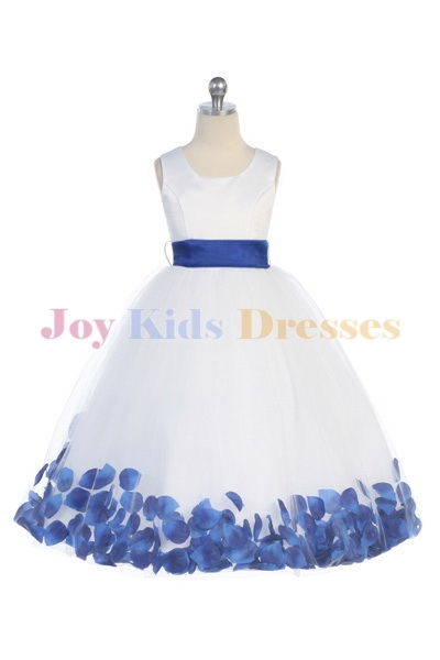 Favorite USA children dresses.