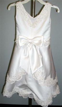 lace trimed flower girl dress