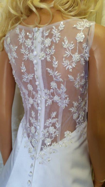 Ivory wedding dresses.
