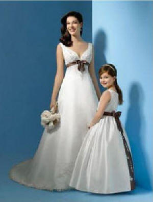 Wedding Gowns matching Flower Girl Dresses