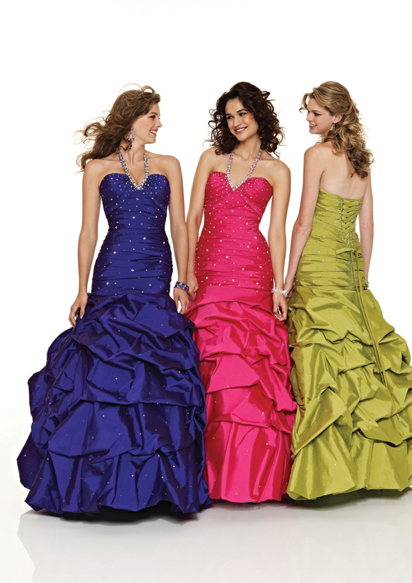 sweetheart halter pick up gown