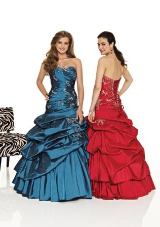 Ladies and teens ball gown with pickups