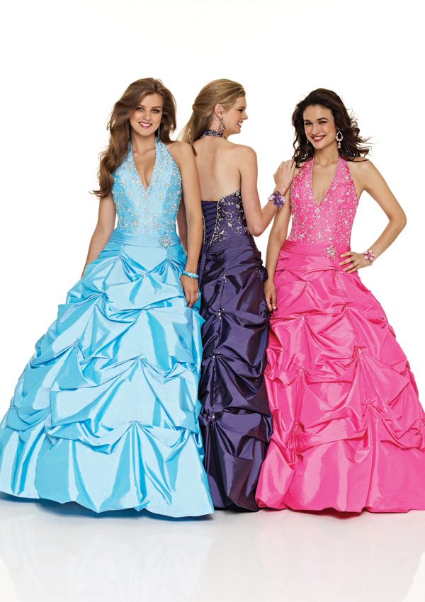 teens Halter v neck ball gown
