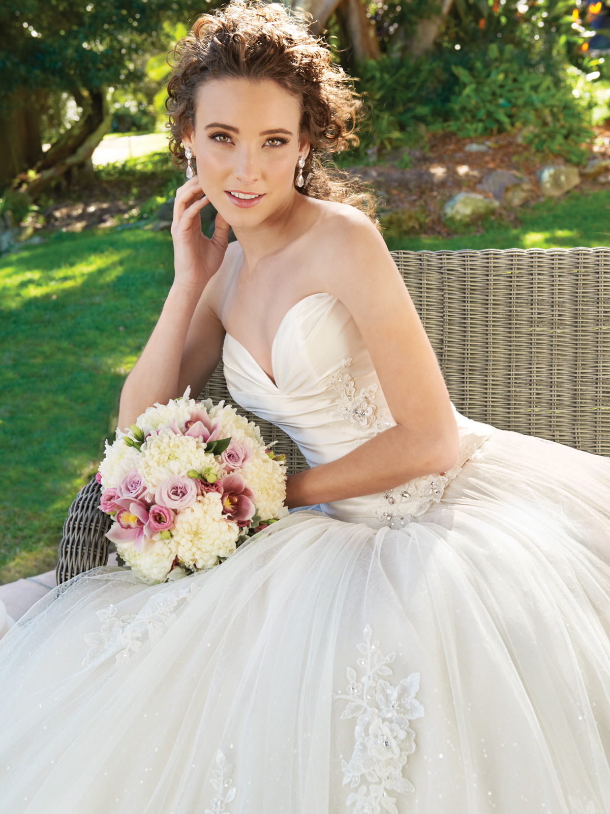 Sweetheart Ball Gown Wedding Dresses