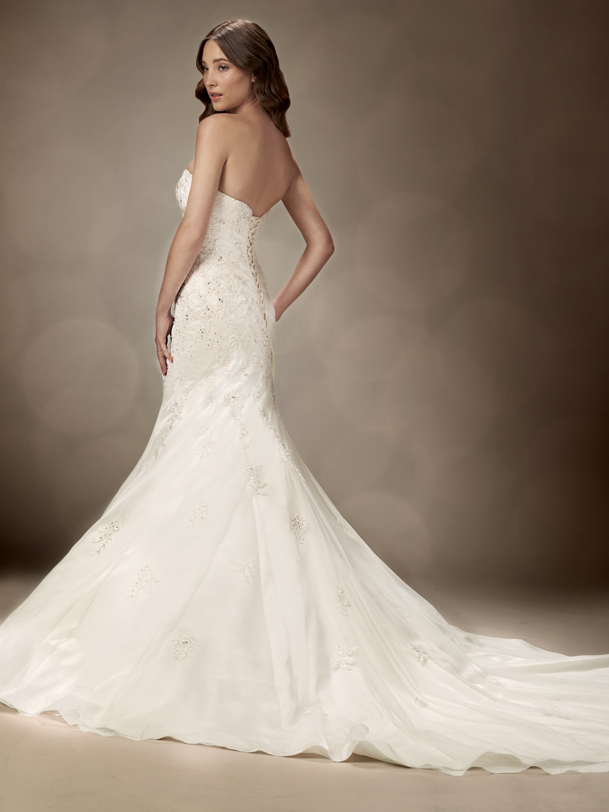 Strapless beaded fitted wedding dresses for Fitted strapless wedding dress