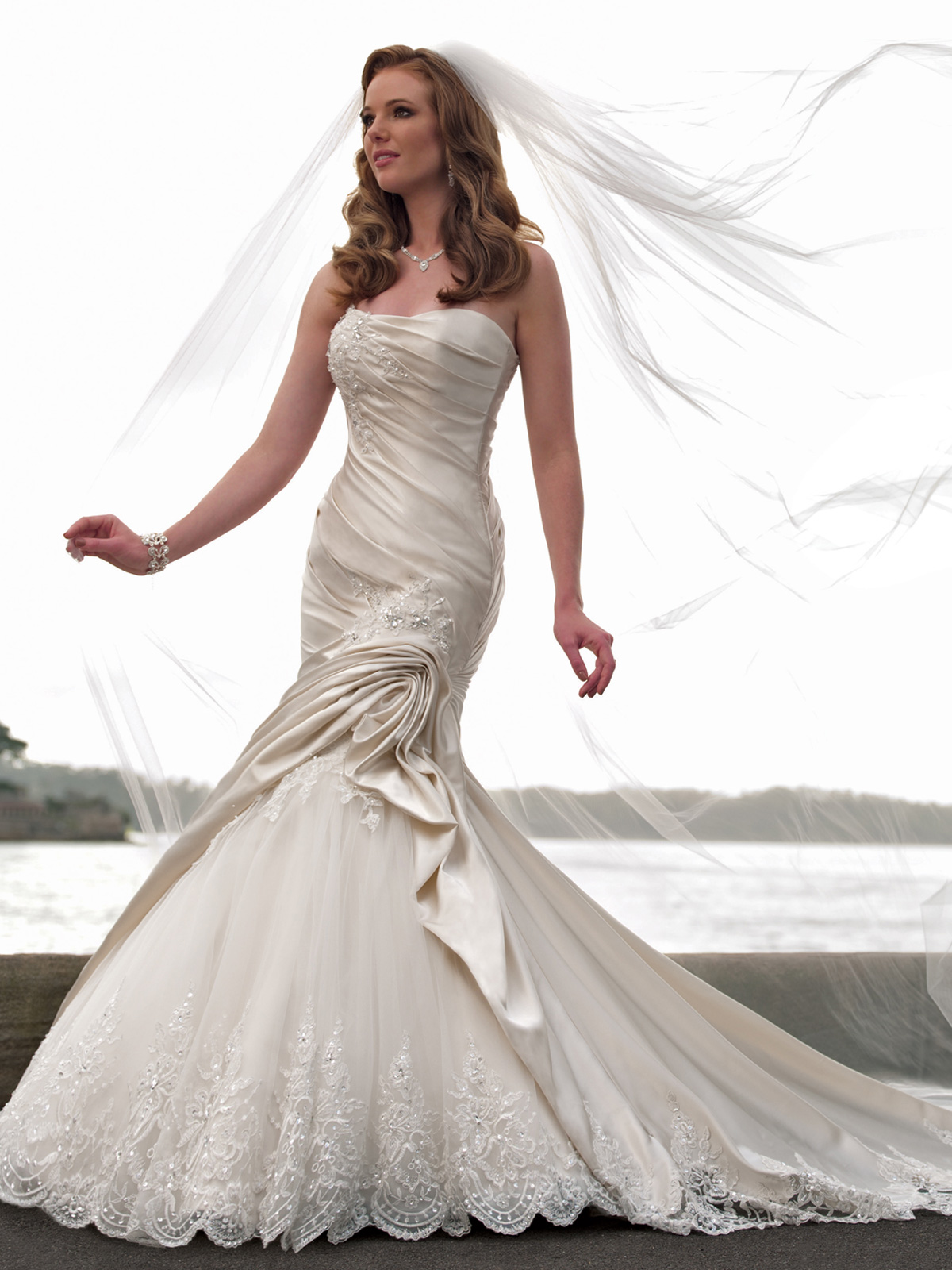 Mermaid wedding dresses for Wedding dress pick up style