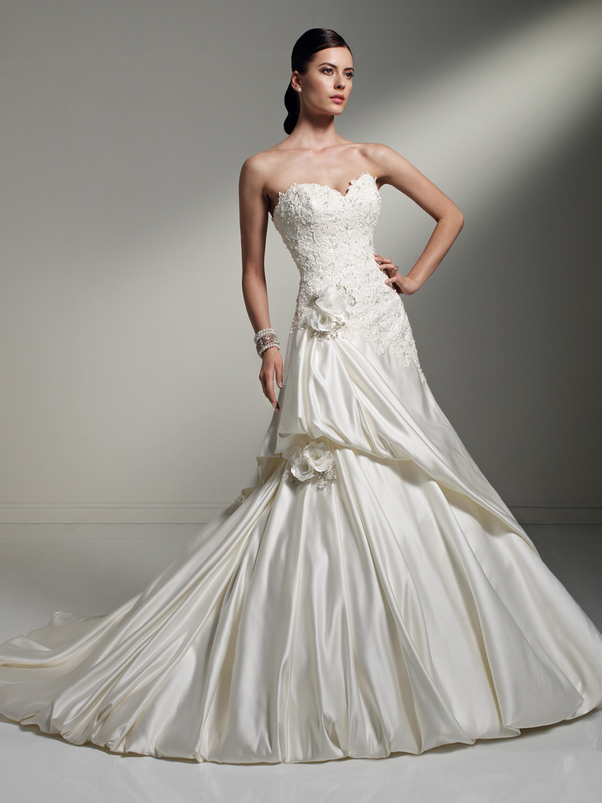 Wedding dresses with pick up skirt