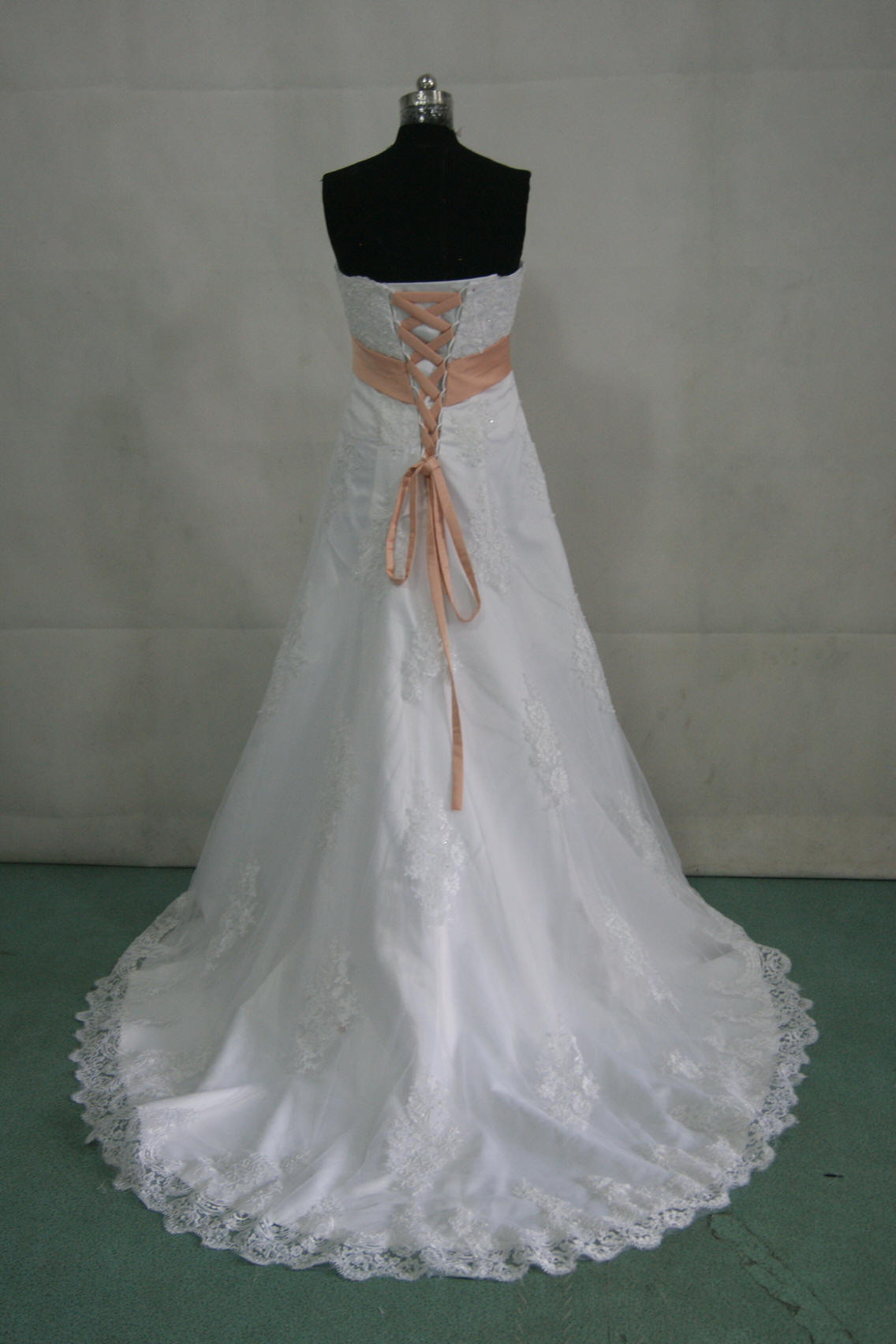 6f5c86ff05fb Strapless A line Wedding Gown under $300.