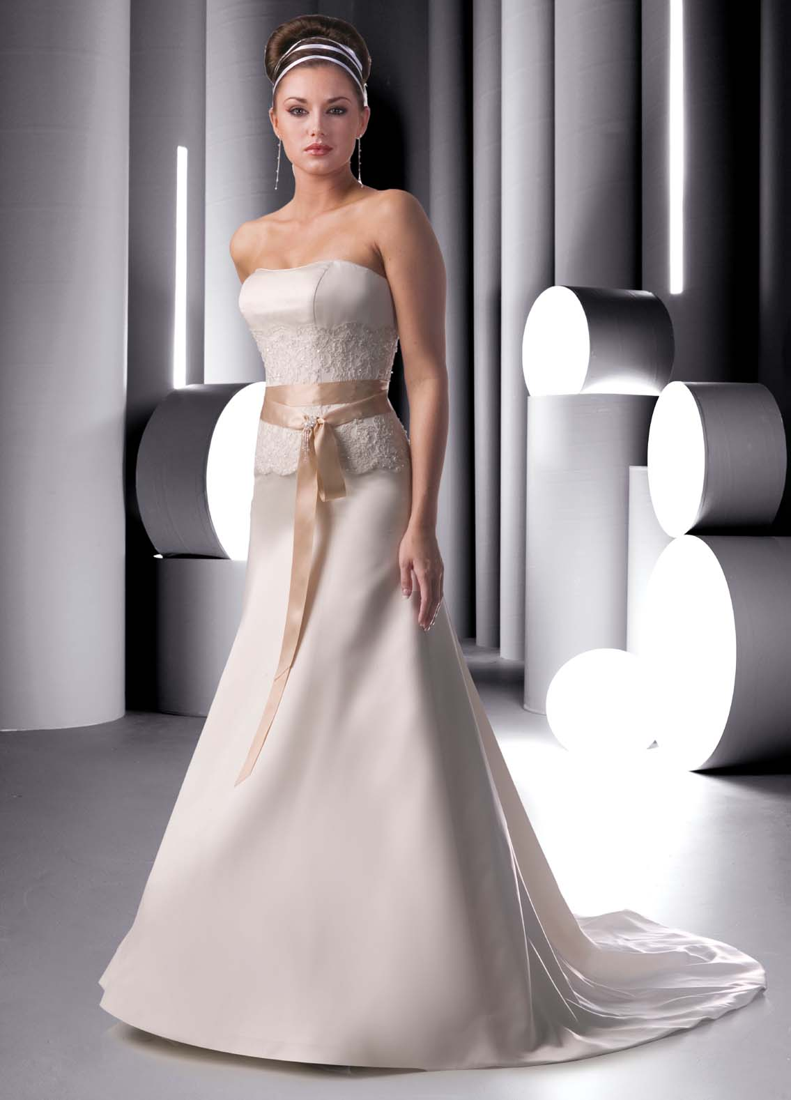 strapless wedding gown with sash