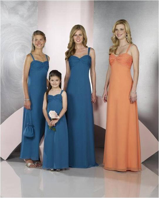Turquiose bridesmaid dresses.