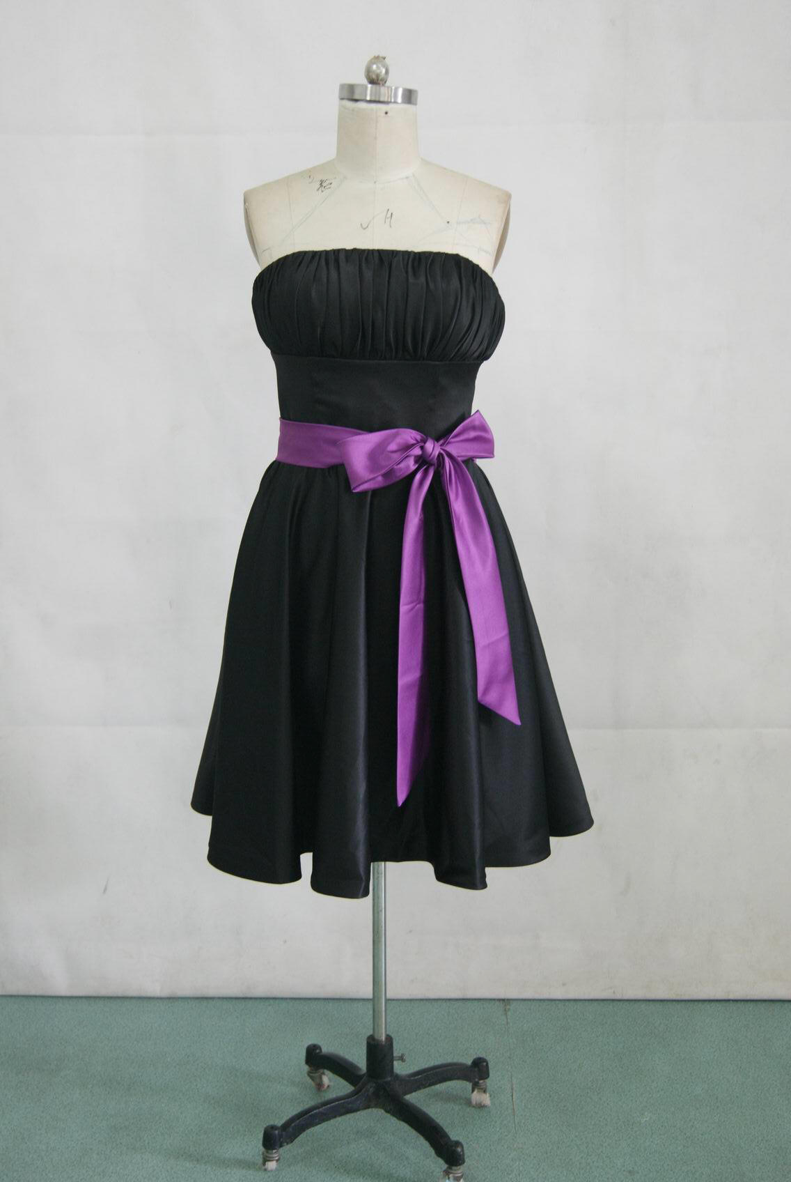 short black bridesmaid dress with purple sash