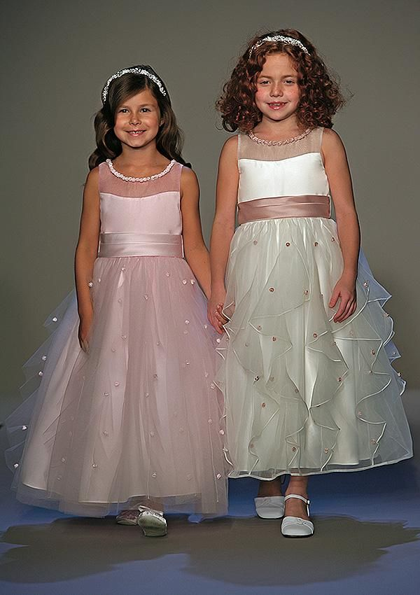 517bc2bbb59 Flower Girl Dresses and junior bridesmaid dresses.