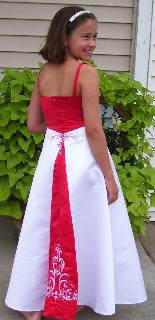 Red white dresses for juniors