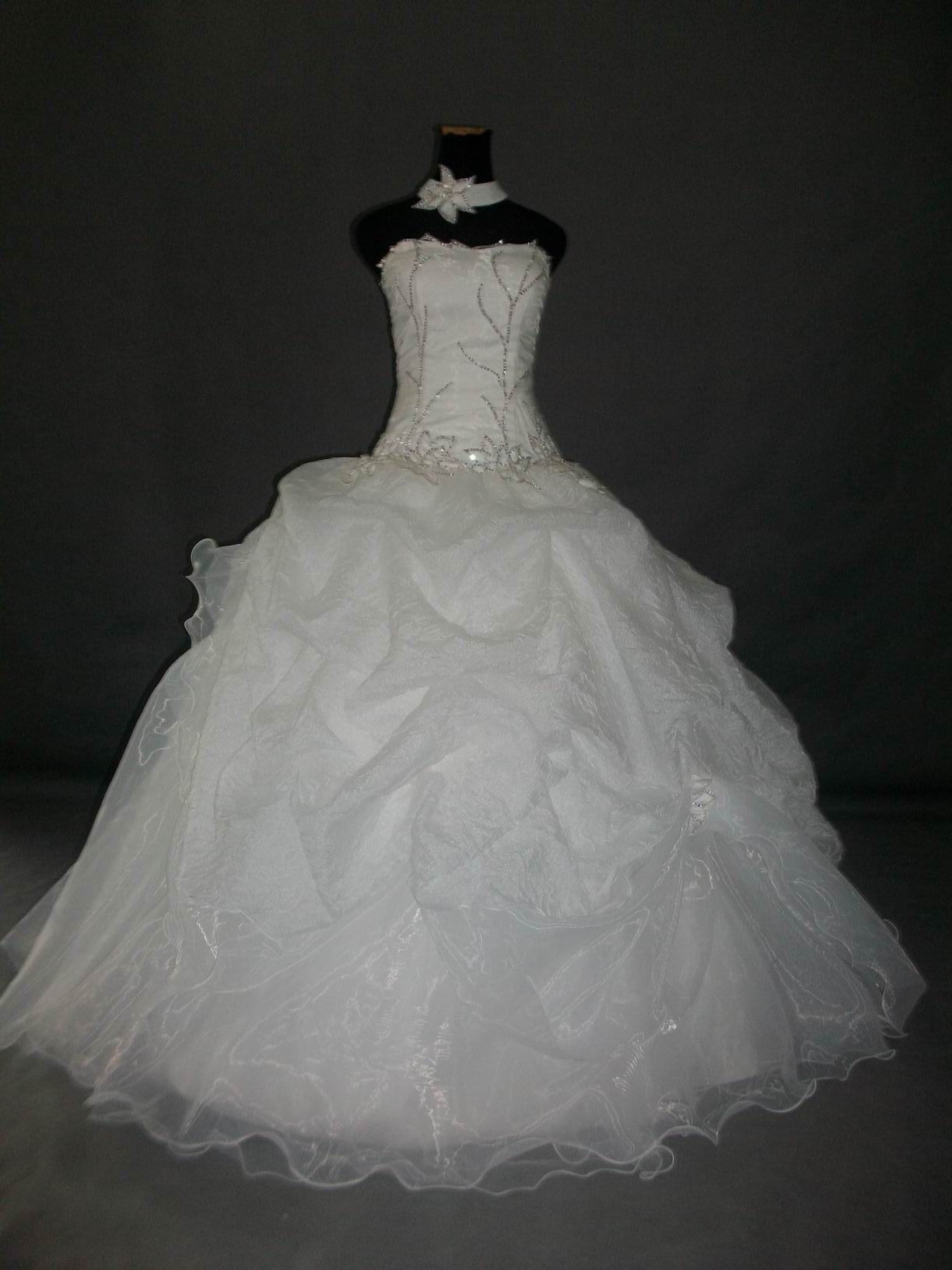 organza flower embroidered wedding dress