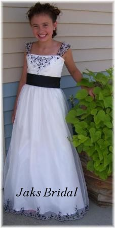 Black & White Junior bridesmaid dresses