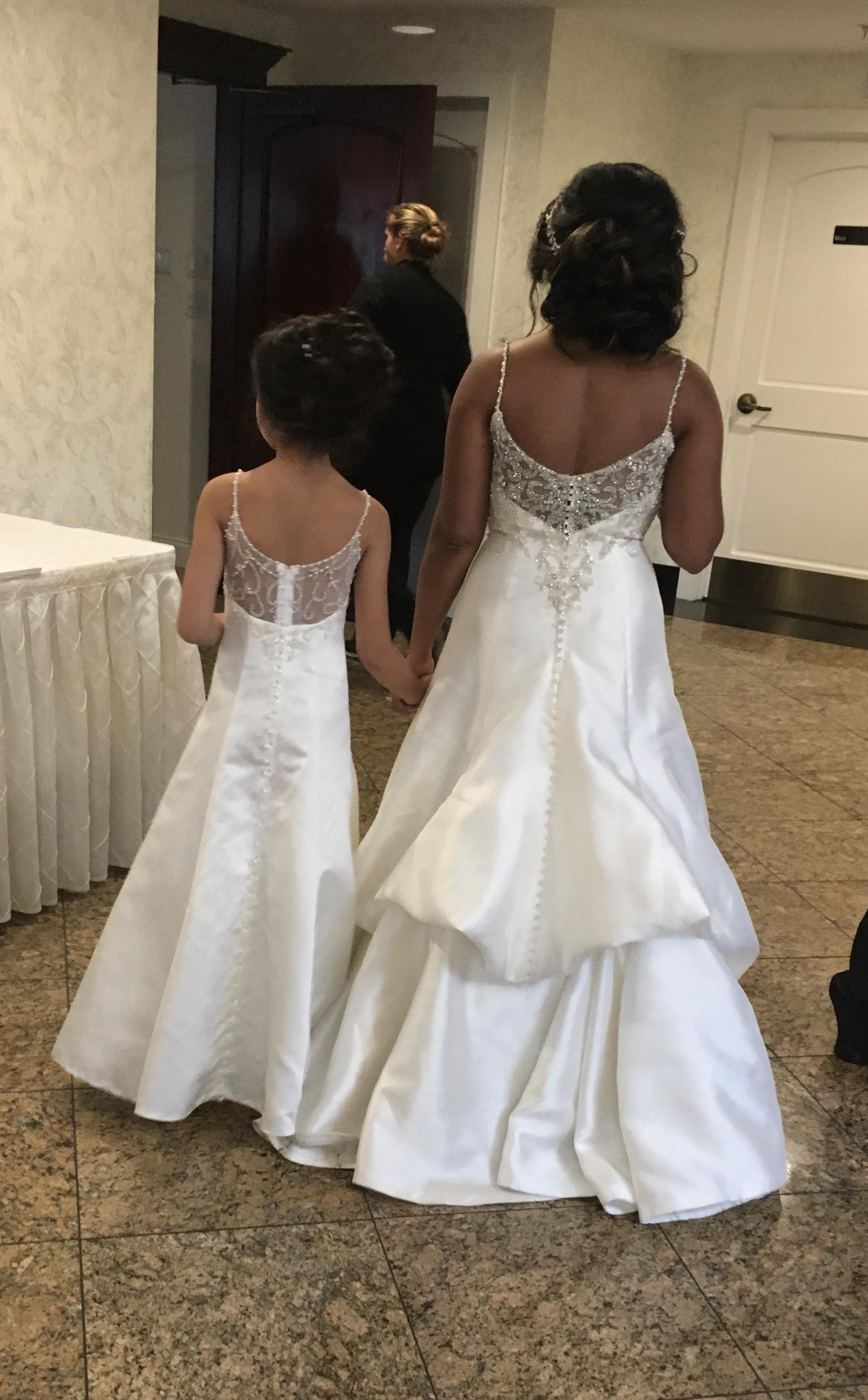 16a9c58d37e I would love for my daughter to have a matching flower girl dress. I have