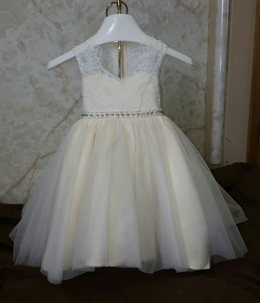 Lace baby wedding dress size 12 months for 12 month dresses for wedding