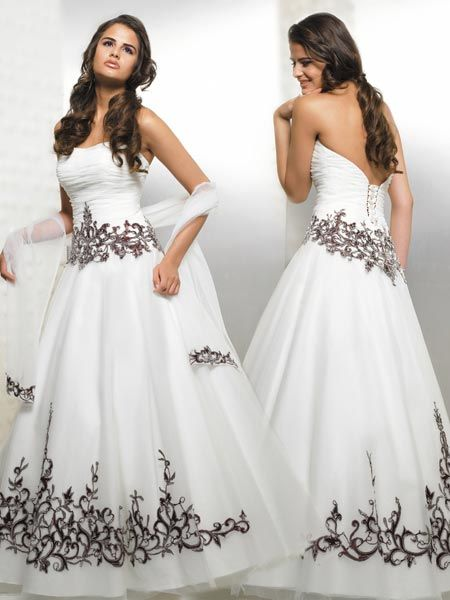 Tulle strapless embroidered white and black gown.