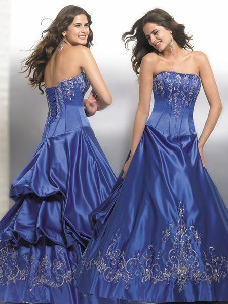 Blue prom dresses.