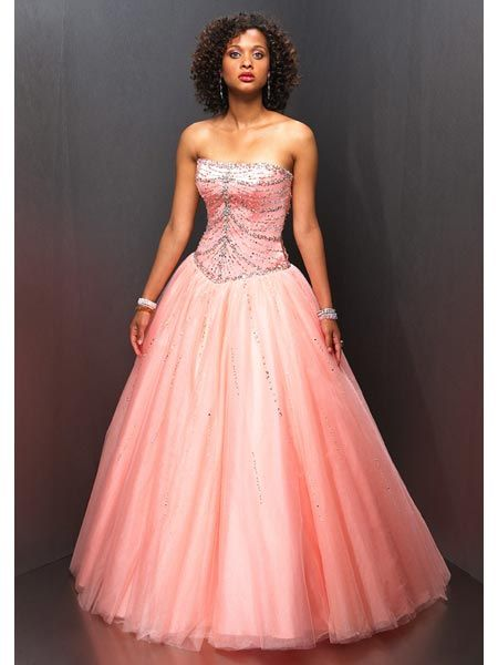 dresses for  Quincea�era