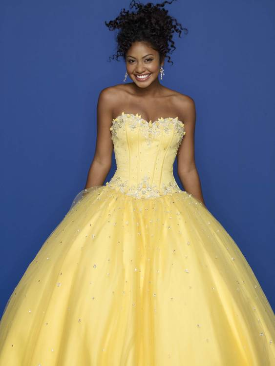 Yellow evening gowns dresses