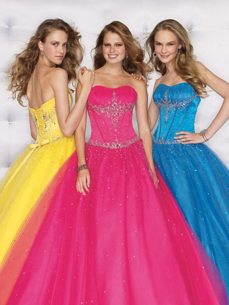 Best priced 2010 prom dresses