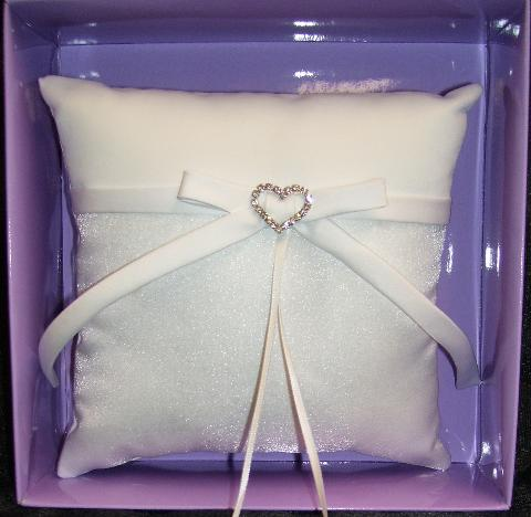 Heart and bow, ring pillow