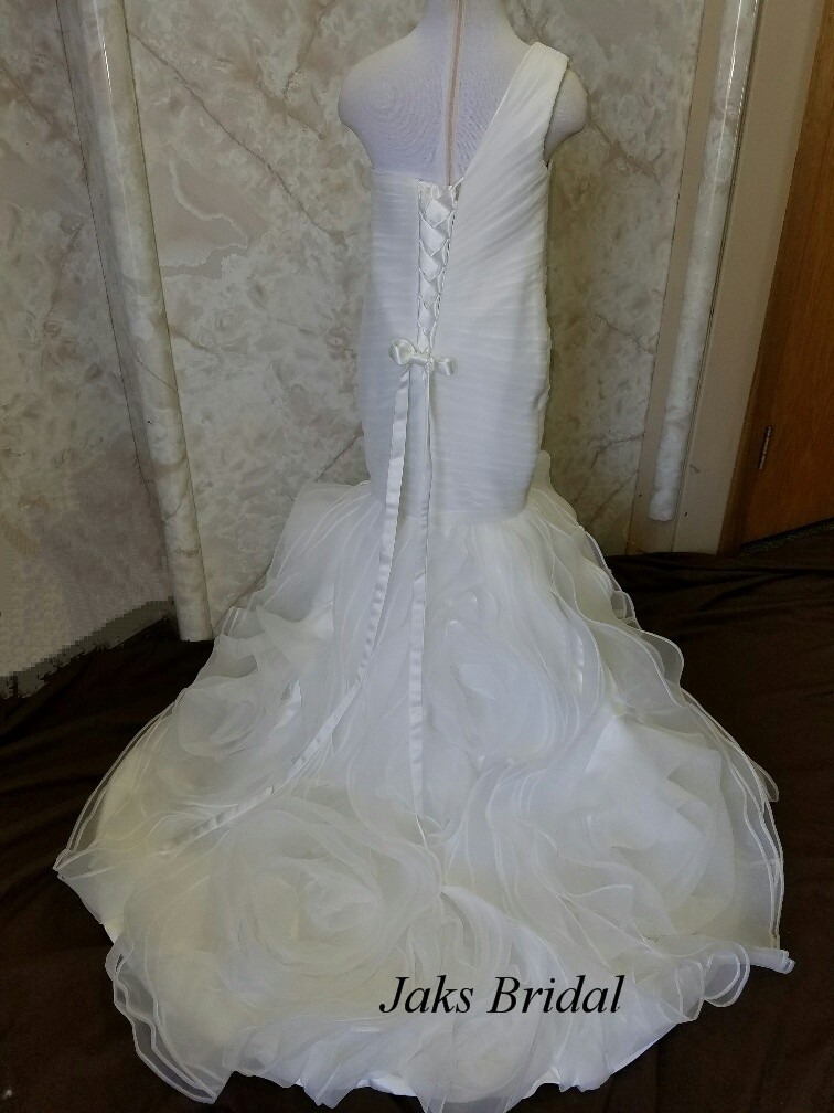 753f7eed156 Fit and Flare Flower girl dresses by Jaks.
