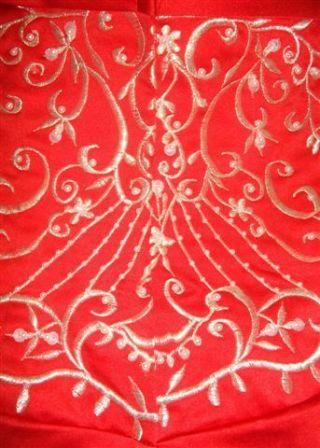 red white back of dress embroidery