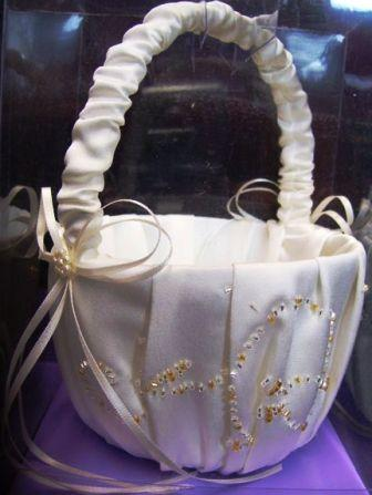 flower girls Ivory basket with gold accents