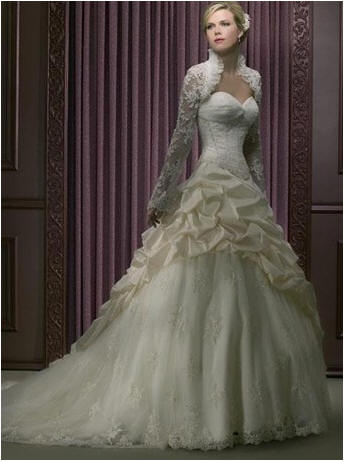 $400.00 Wedding Gowns