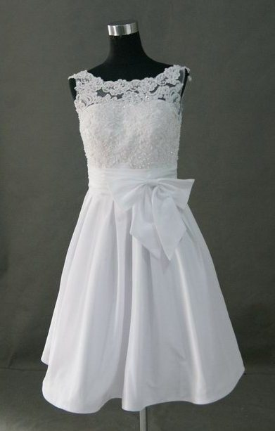 short lace wedding dress with bow