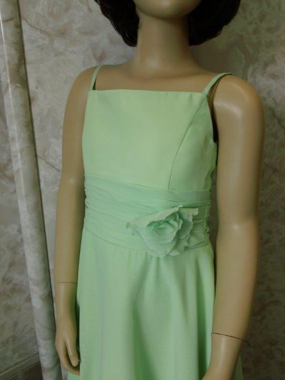 short honeydew flower girl dress