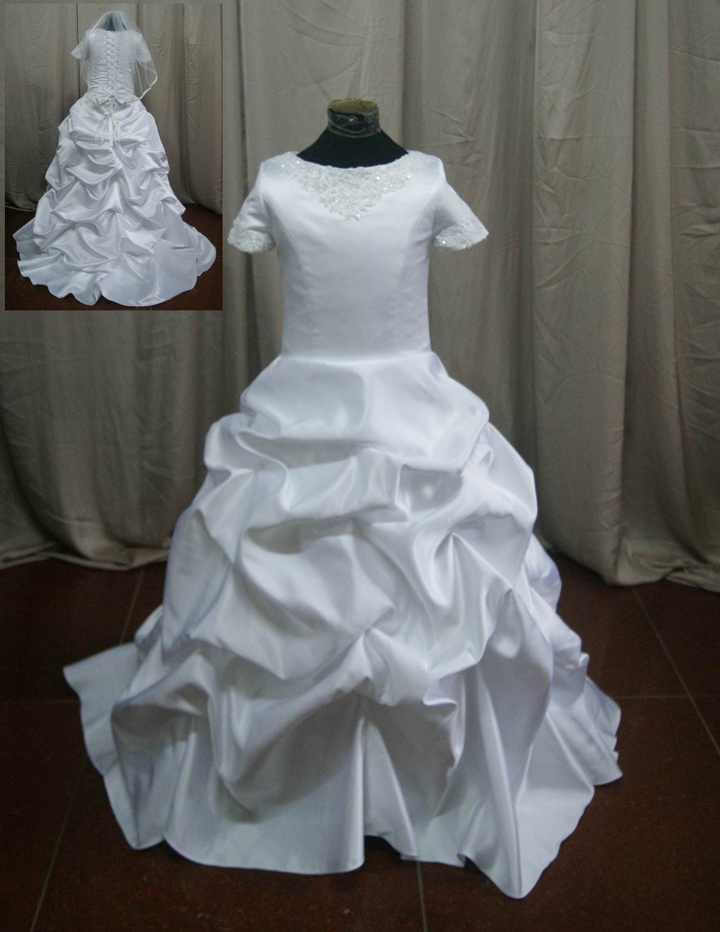 Pickup short sleeve miniature wedding gown
