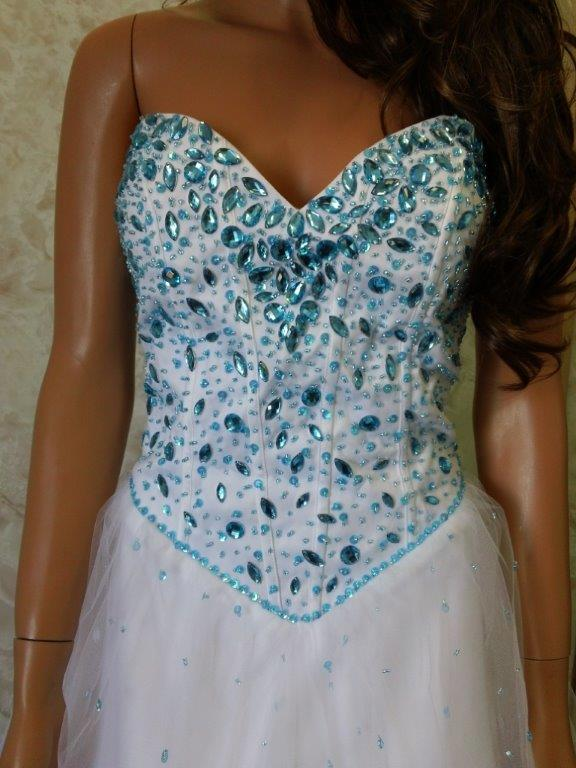 turquoise beaded sweetheart bodice