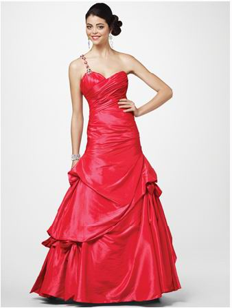 red sweetheart one shoulder dress