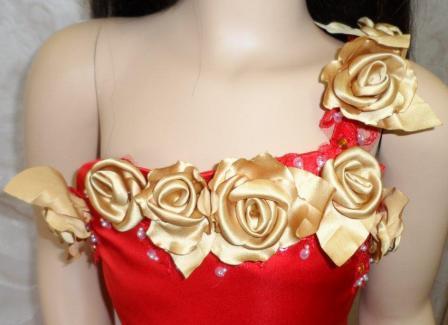 one shoulder wedding dress., Natural flower