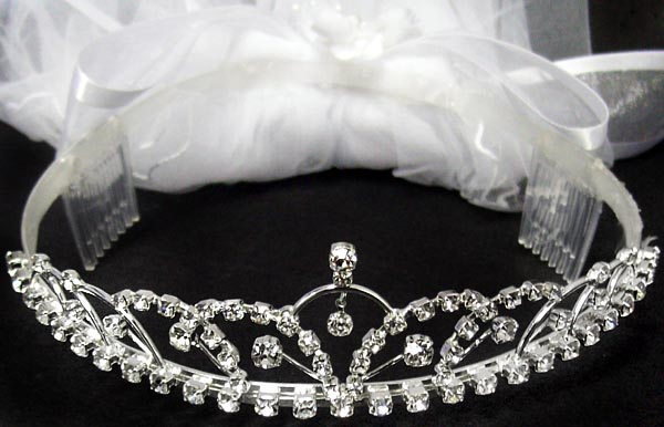 communion crown and veil