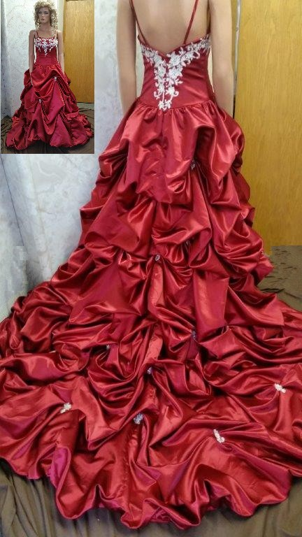 Red wedding gown with gorgeous pickup wedding train