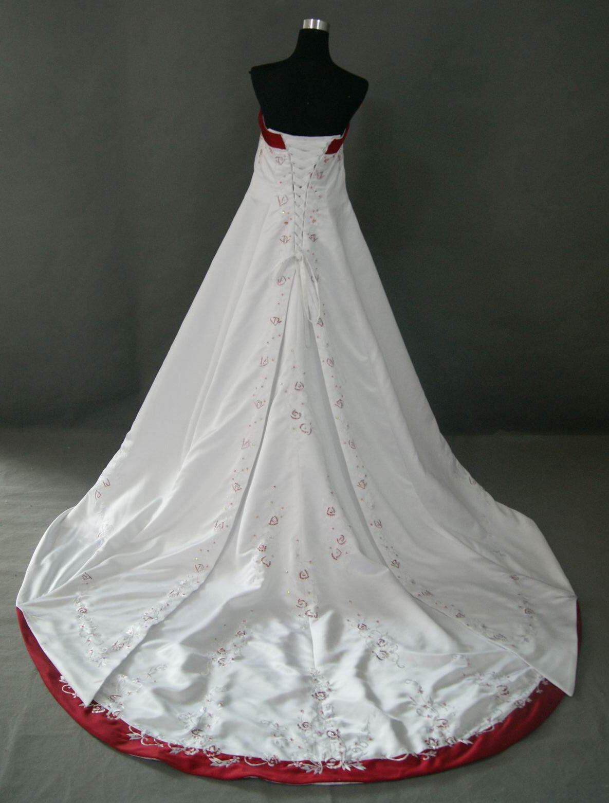 ... Wedding dress with red embroidered flowers